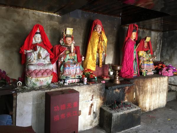 Tibetan Temple Balang Mountain Pass - Tonia Cochran - China Sichuan - Inala Nature Tours